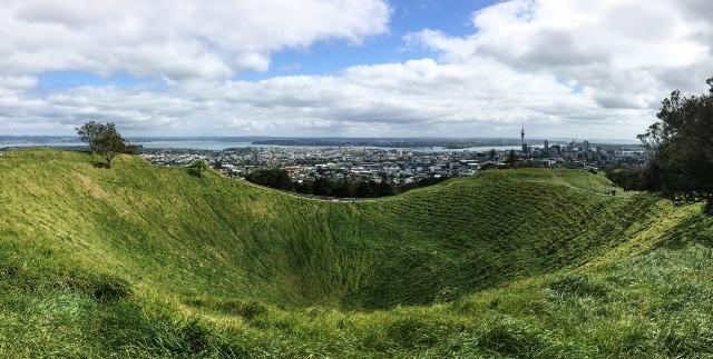 Hiking Auckland's 3 Volcanos