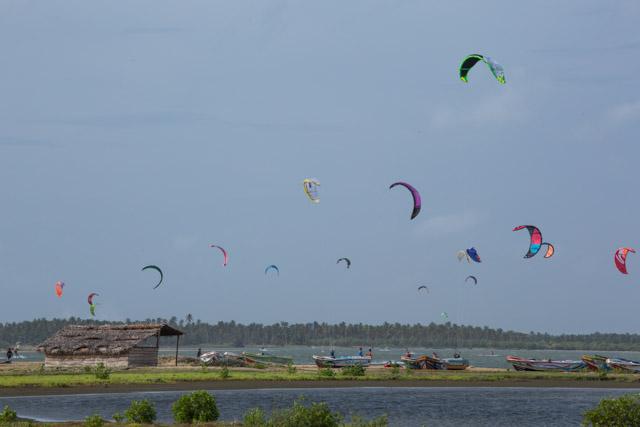 kite surfing kalpitiya